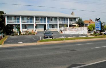 5 Units Luxury Suites plus  owners quarters in world famous Ocean City, MD