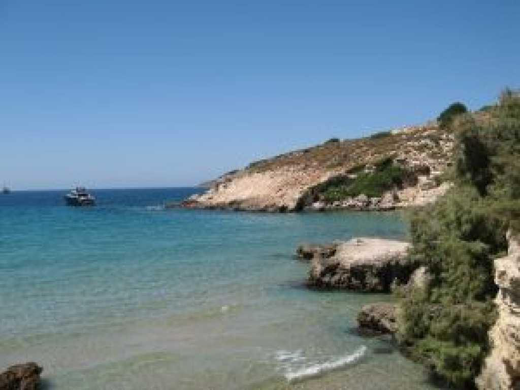 Unique waterfront lot for sale in chania crete greece for Greece waterfront property for sale