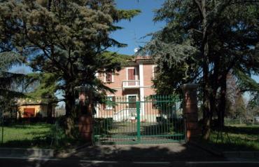 Cozy Italian Villa @ Dozza