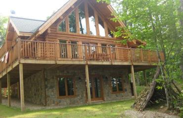 Luxurious Canadian Log Home  - 50% PRICE REDUCTION FOR QUICK SALE