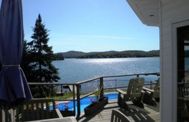 Magnificent Lakefront home, Mont Tremblant Region, Quebec, Canada