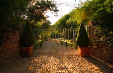San Miguel de Allende. Exclusive Gentleman's Ranch.