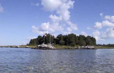 4 Season Accessible Private Island Getaway - Windward Islands, Canada (near Toronto)