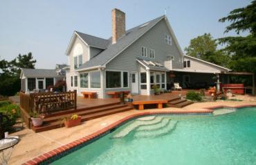 Chesapeake Bay Luxury 4 Bedroom Home