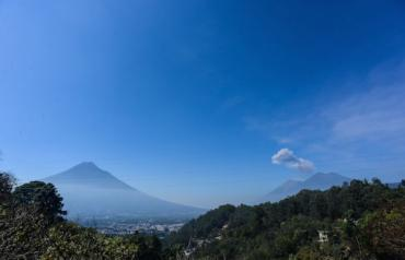 Stunning View Home w/pool, privacy & tranquility in UNESCO world heritage town of La Antigua, Guatemala
