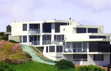EAGLES VIEW AT THE WATERS EDGE  SPECTACULAR CUSTOM-BUILT EXECUTIVE HOME WITH AMAZING VIEW