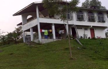 House in the Tropical Mountain of Panama for Sale