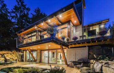 Ocean Front Modern Home