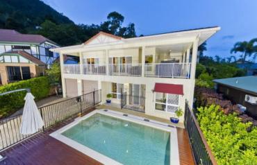 Luxury Home with Cityviews