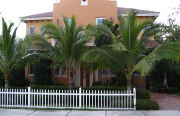 New Downtown Delray Beach townhome with private roof pool