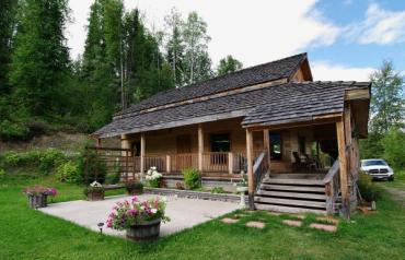 Engineered log home on 4 acres
