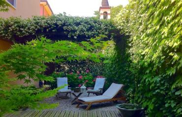 River front luxury apartment with 130sqm private garden in Verona