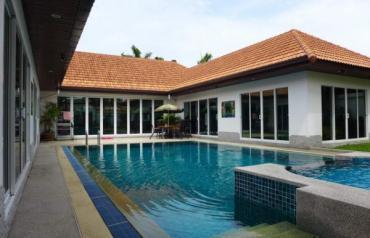 Stunning Pool Villa at Jomtien Beach/View Talay Villas