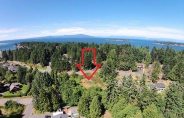 Fabulous Madrona Building Lot - Sangster Cres