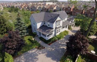 One Of A Kind Property In The Heart Of Oak Ridges