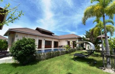 Exceptional Balinese style Pool Villa in Hua Hin at Hillside Hamlet5
