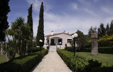 Luxury House near the beach