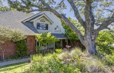 Gorgeous Home Situated On 2.6 Acres With Panoramic Views!