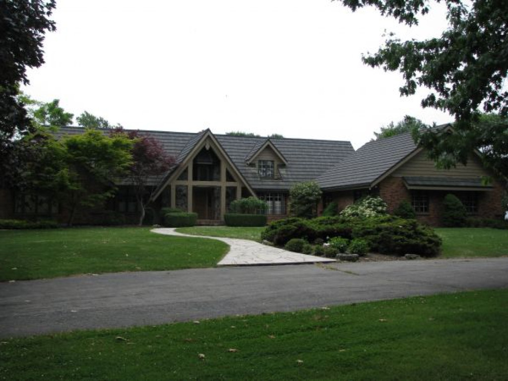 Sensational Luxury Estate Home On Lake Erie Ontario Canada Complete Home Design Collection Papxelindsey Bellcom