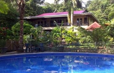Profitable Bocas Del Toro Lodging, Bar & Restaurant