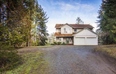 Nanoose Acreage with Updated Home - Lana Rd