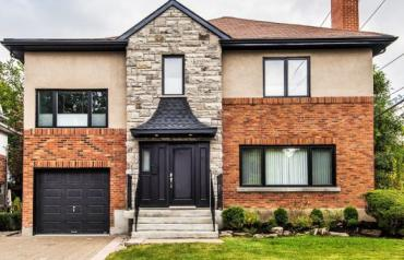 Magnificient Home in Town of Mount-Royal, near center of town and commuter train to downtown Montreal