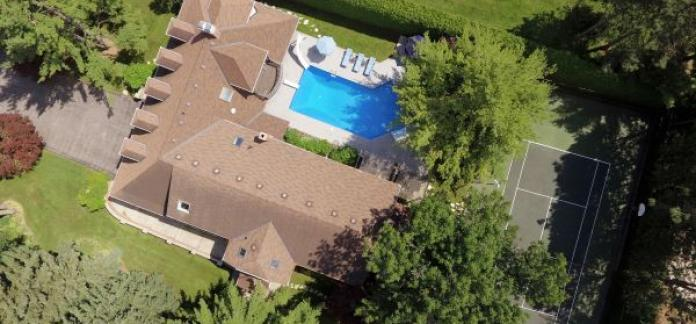 420 Woodland Acres Crescent – Phenomenal Home in Woodland Acres Estates