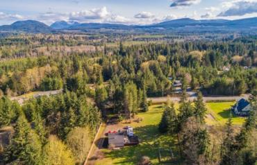 Errington Acreage with In-Law Suite - Margot Place
