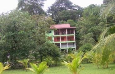 Large Coastal Island Home Bocas Del Toro