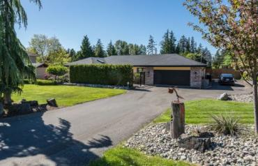 Nanoose Executive Rancher - Clayton Cres