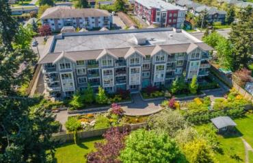 Central Parksville View Condo - Hirst West Ave