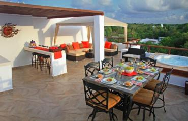 Luxurious Penthouse Condo on the Incomparable Riviera Maya