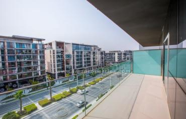 The One and Only 1BR with Boulevard View