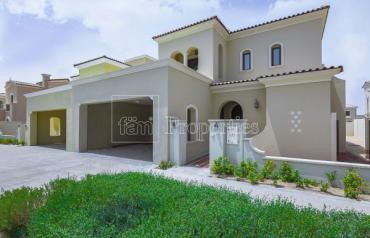4 Bedroom|Corner Villa |Motivated Seller