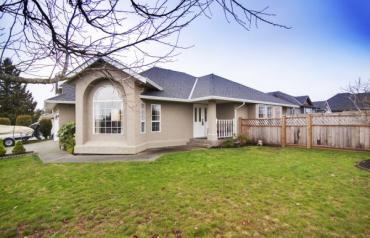 Updated Parksville Executive Rancher - Lodgepole Drive