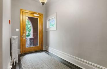 Detached 7 Bedroom Mansion in Toronto in prestigious Rosedale location