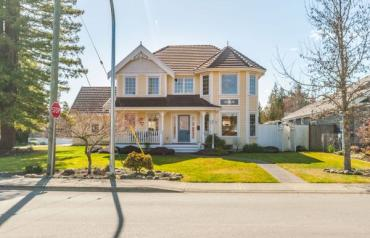 Fabulous Parksville Character Home - Temple Street