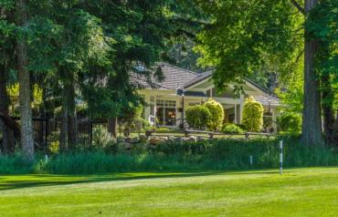 Fairwinds on the Golf Course - Andover Rd