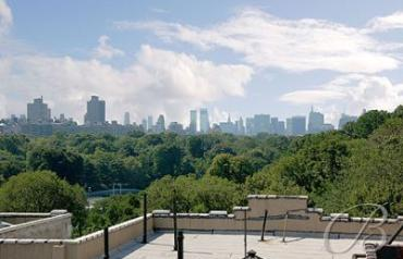 NYC Townhome one block from Central Park