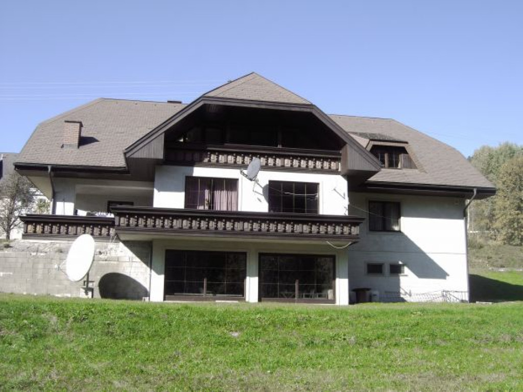 Modern Chateau Style Country House Mansion Austria Property Details