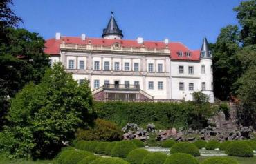 Designer castle 'Schloss Wiesenburg' (near Potsdam) for sale!