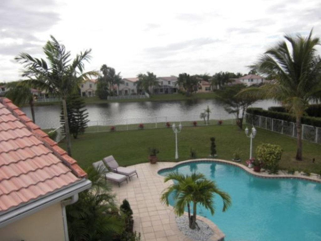 4 Br 3 1 2 Bath Gated Community In Miami Fort Lauderdale