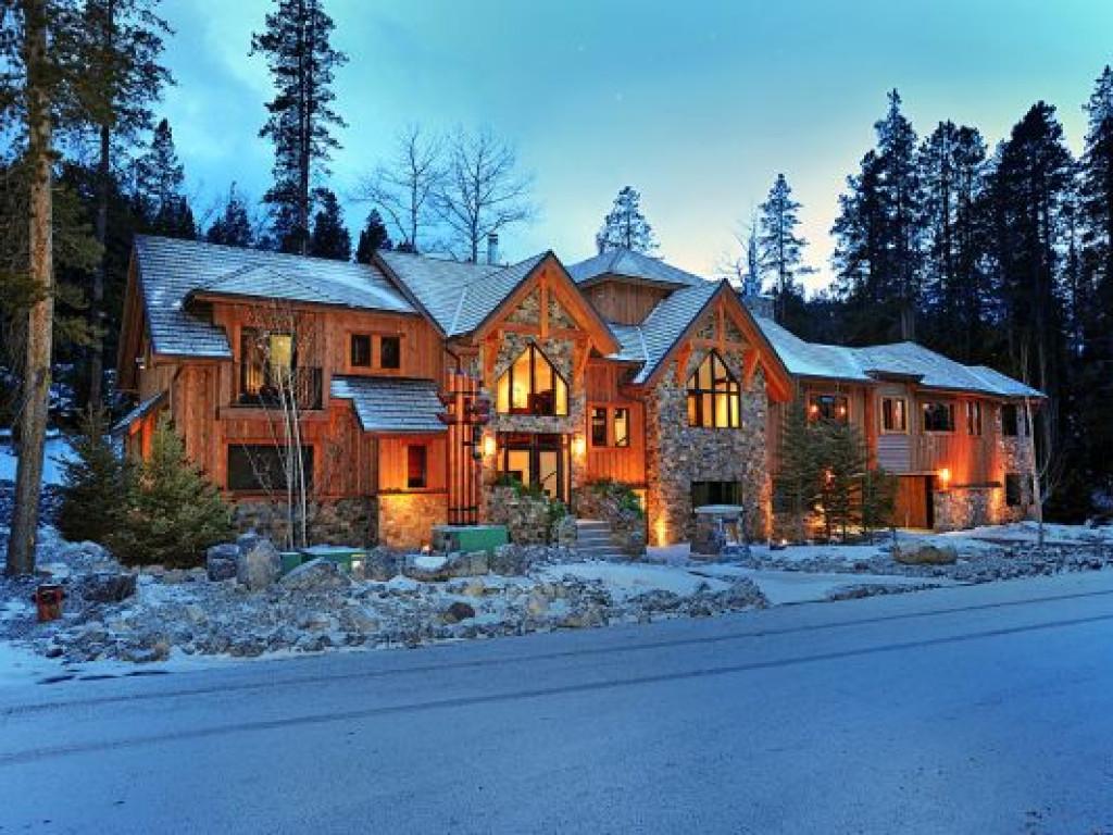 Luxury Canadian Rockies Alpine Villa Alberta Canada