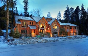 Luxury Canadian Rockies Alpine Villa!