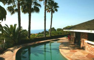 DRAMATIC MALIBU OCEAN VIEW ESTATE / INCOME PROPERTY