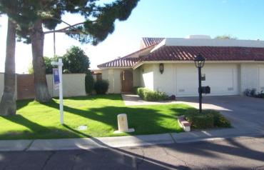 Scottsdale Arizona Townhome - 2 Bedroom, 2 Bathroom with 2 car garage for under $400k !