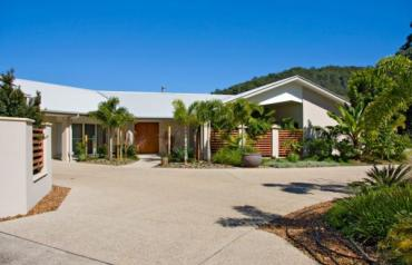 11 Thomas Waters Road, Tallebudgera Valley, Queensland