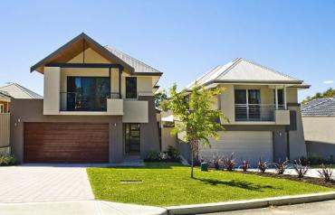 Two Executive Homes in Upmarket Perth Suburb
