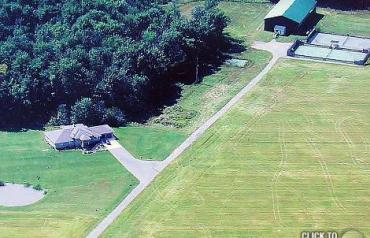 10 Yr Old Bungalow on 41 acres with 1 indoor and 2 outdoor tennis courts