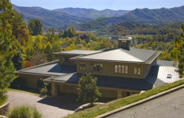 REDUCED/Frank Lloyd Wright Style Home Overlooking Golf And Mountain Views